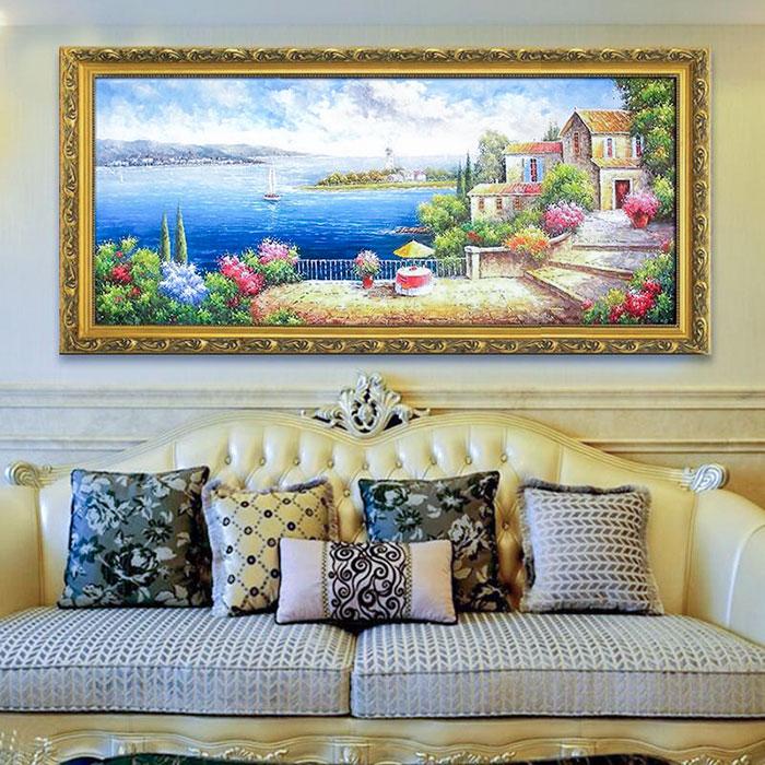 Лучшие картины над диваном в интерьере гостиной - это пейзажи